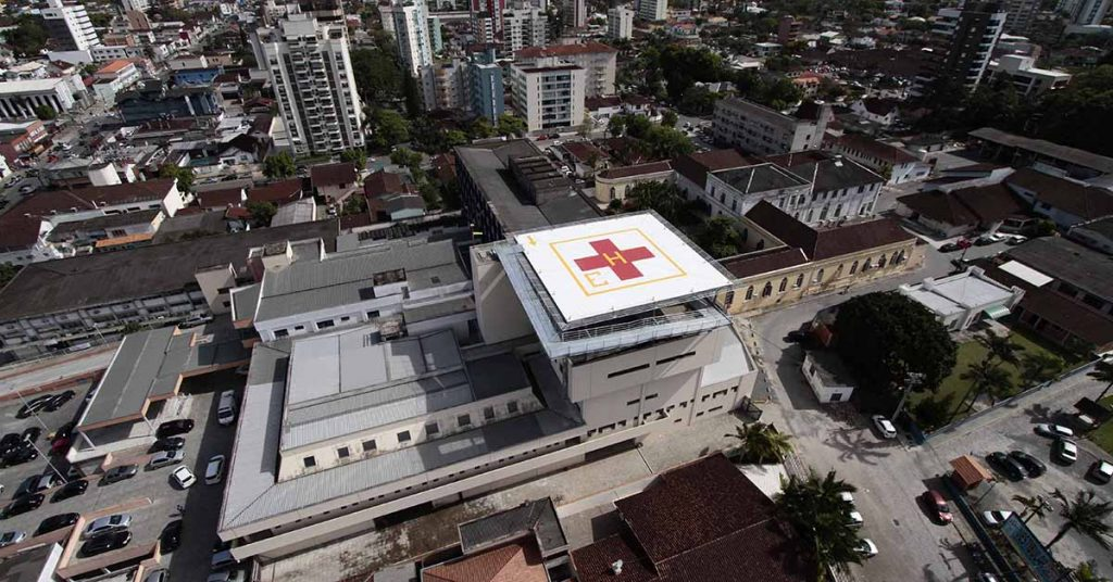 empresarios-doam-macas-para-hospital-de-Joinville