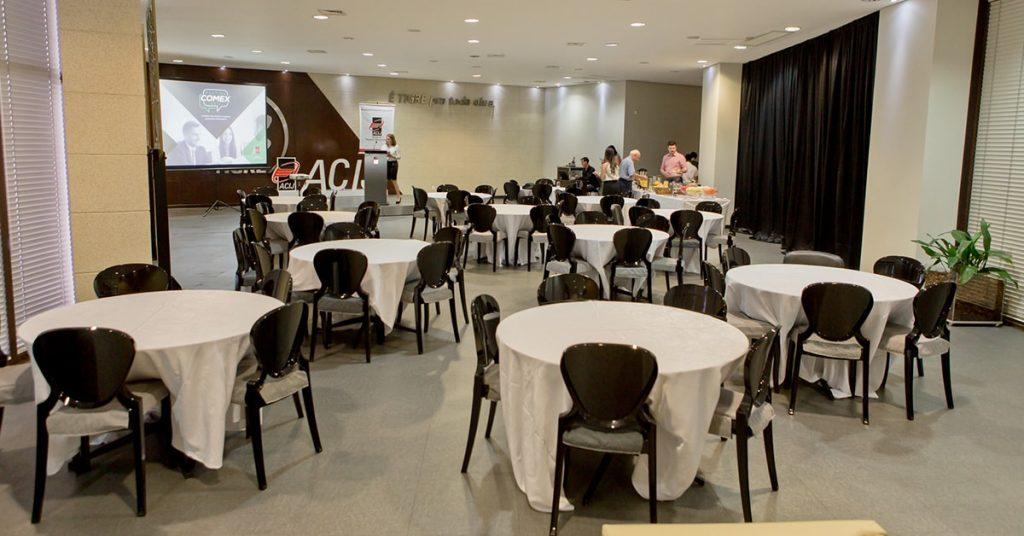 a-melhor-estrutura-para-treinamentos- reunioes-e-eventos-salao-tigre