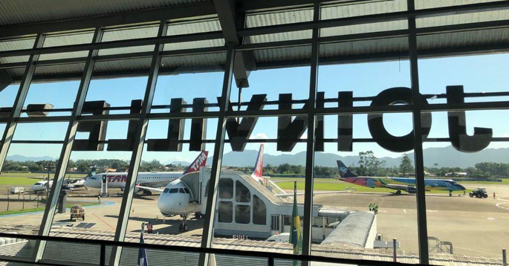 aeroporto-de-Joinville-tem-recorde-de-passageiros-no-primeiro-semestre-e-recebe-voo-extra.jpg