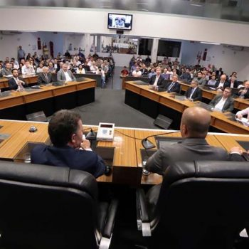 em-seminario-na-camara-de-vereadores- empresarios-reforcam-posicionamentos-contra-aumento-de-impostos