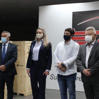 acij-entrega-mais-8-respiradores-e-25-mil-mascaras-a-saude-publica
