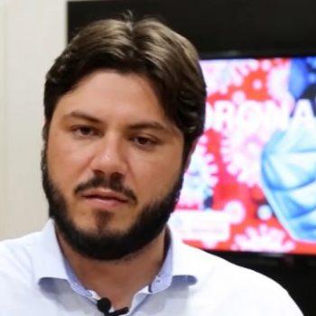 secretario-da-saude-faz-alerta-sobre-a-pandemia-no-conselho-das-entidades