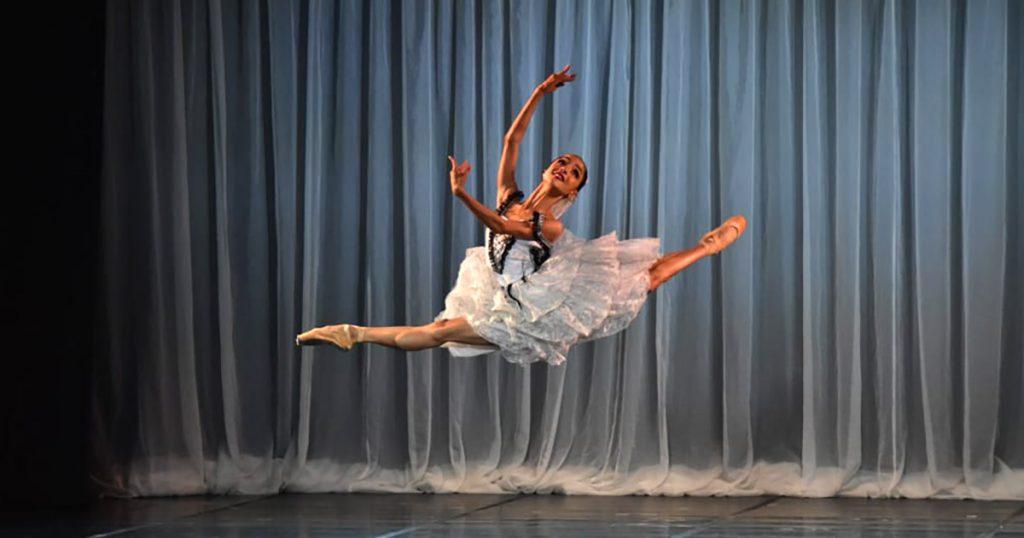 em-live-no-dia-25-escola-bolshoi-apresenta-gala-acij-110-Anos